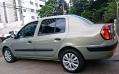 120_90_renault-clio-sedan-expression-1-6-16v-04-05-2