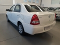 120_90_toyota-etios-sedan-x-1-5-flex-14-15-2-9
