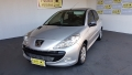 Peugeot 207 Hatch XR Sport 1.4 8V (flex) - 10/11 - 21.800