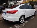 120_90_ford-focus-sedan-se-2-0-powershift-15-16-11-3