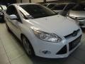 120_90_ford-focus-sedan-se-2-0-16v-powershift-aut-13-14-13-7