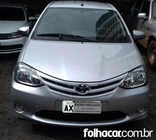 Toyota Etios Hatch Etios X 1.3 (Flex) - 13/14 - 31.000