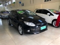 120_90_ford-focus-hatch-se-2-0-16v-powershift-aut-14-14-5-8