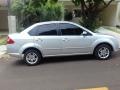 120_90_ford-fiesta-sedan-1-6-flex-07-08-92-3