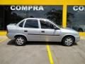 120_90_chevrolet-classic-corsa-sedan-life-1-0-vhc-08-08-38-2
