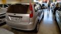 120_90_ford-fiesta-hatch-1-0-05-05-52-3