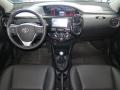 120_90_toyota-etios-sedan-xls-1-5-flex-15-16-10-3