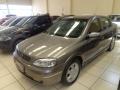 120_90_chevrolet-astra-sedan-500-2-0-mpfi-16v-99-00-1