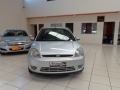120_90_ford-fiesta-sedan-1-6-flex-05-06-32-2