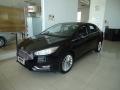 120_90_ford-focus-sedan-titanium-2-0-powershift-15-16-7-2