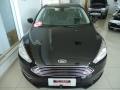 120_90_ford-focus-sedan-titanium-2-0-powershift-15-16-7-3