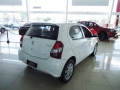 120_90_toyota-etios-hatch-etios-x-plus-1-5-flex-18-19-4