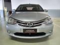 120_90_toyota-etios-sedan-platinum-1-5-flex-15-16-2-3