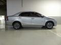 120_90_toyota-etios-sedan-platinum-1-5-flex-15-16-2-5