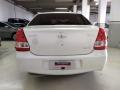 120_90_toyota-etios-sedan-xs-1-5-flex-16-16-1-5