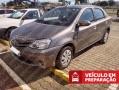 120_90_toyota-etios-sedan-xs-1-5-flex-aut-16-17-8-1