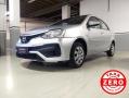 120_90_toyota-etios-sedan-xs-1-5-flex-aut-17-18-7-10