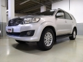 120_90_toyota-hilux-sw4-srv-3-0-4x4-7-lugares-12-13-25-2