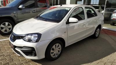 Etios Sedan X 1.5 (Flex)