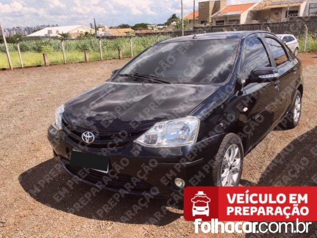 Toyota Etios Sedan X 1.5 (Flex) - 16/17 - 42.900