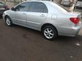 120_90_toyota-corolla-sedan-xei-1-8-16v-aut-03-04-71-7