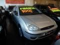 120_90_ford-focus-sedan-glx-1-6-8v-05-05-6-2