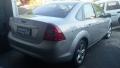 120_90_ford-focus-sedan-ghia-2-0-16v-duratec-aut-09-09-9-1