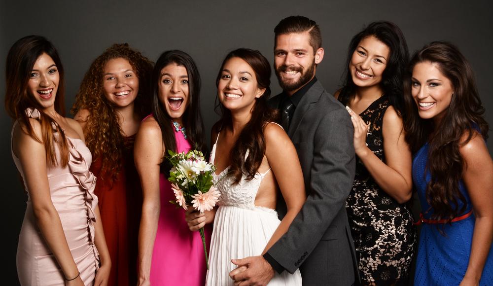 Amigos en la boda