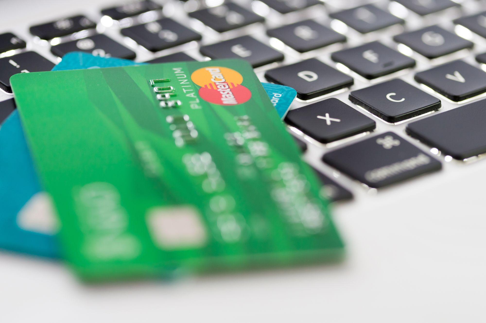 ¿Cómo pagar mis deudas de tarjetas de crédito?