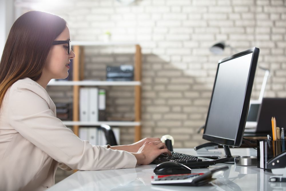 Encuentra un trabajo desde casa para ganar dinero sin salir