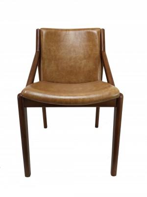 Cadeira Friga Toda Lisa Pés de Madeira