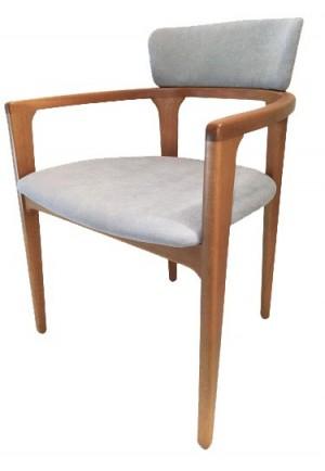 Cadeira Fidji Estofada Madeira em Palha Natural