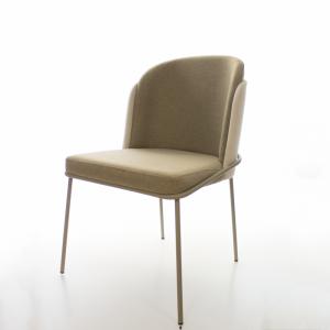 Cadeira Soie Tecido Pet Frienfly de Alta Resistência com Base Fendi
