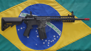 RIFLE AIRSOFT ROSSI AR15 NEPTUNE MOD 10 ELET 6MM