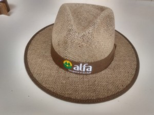 Chapéu de juta com viés