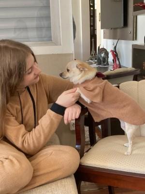 Kit Meu Pet e Eu - Macacão Adulto e Capa com Gravatinha Para Pet