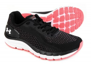 TENIS UNDER ARMOUR  Ref:FEM CHARGED SKY 2/19 80904633 Cor:PR/LL/SM