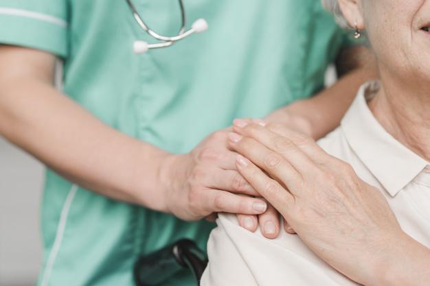 Governo do Canadá abrirá programa provisório de imigração para Caregivers