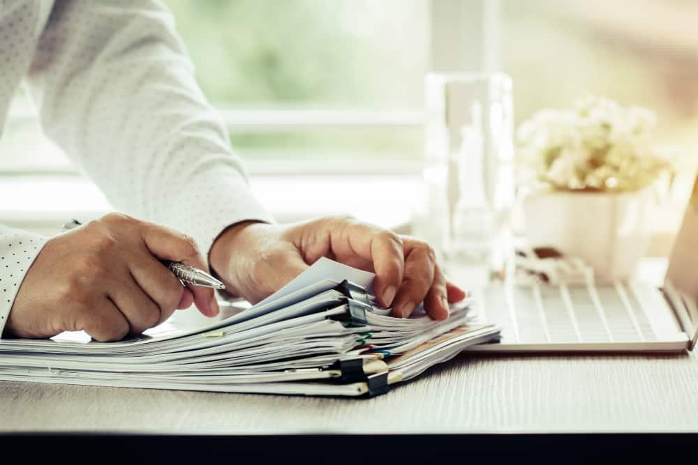 Direitos e deveres do contratante