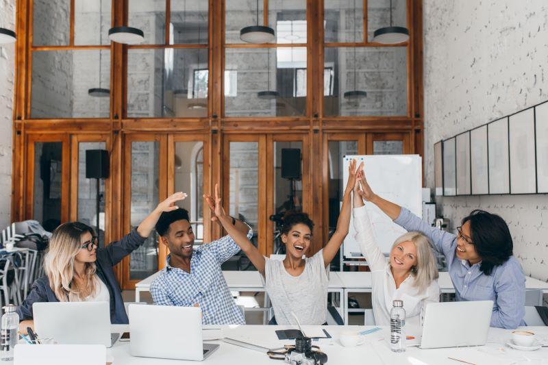 Estagiários: por que abrir espaço para eles na sua empresa?