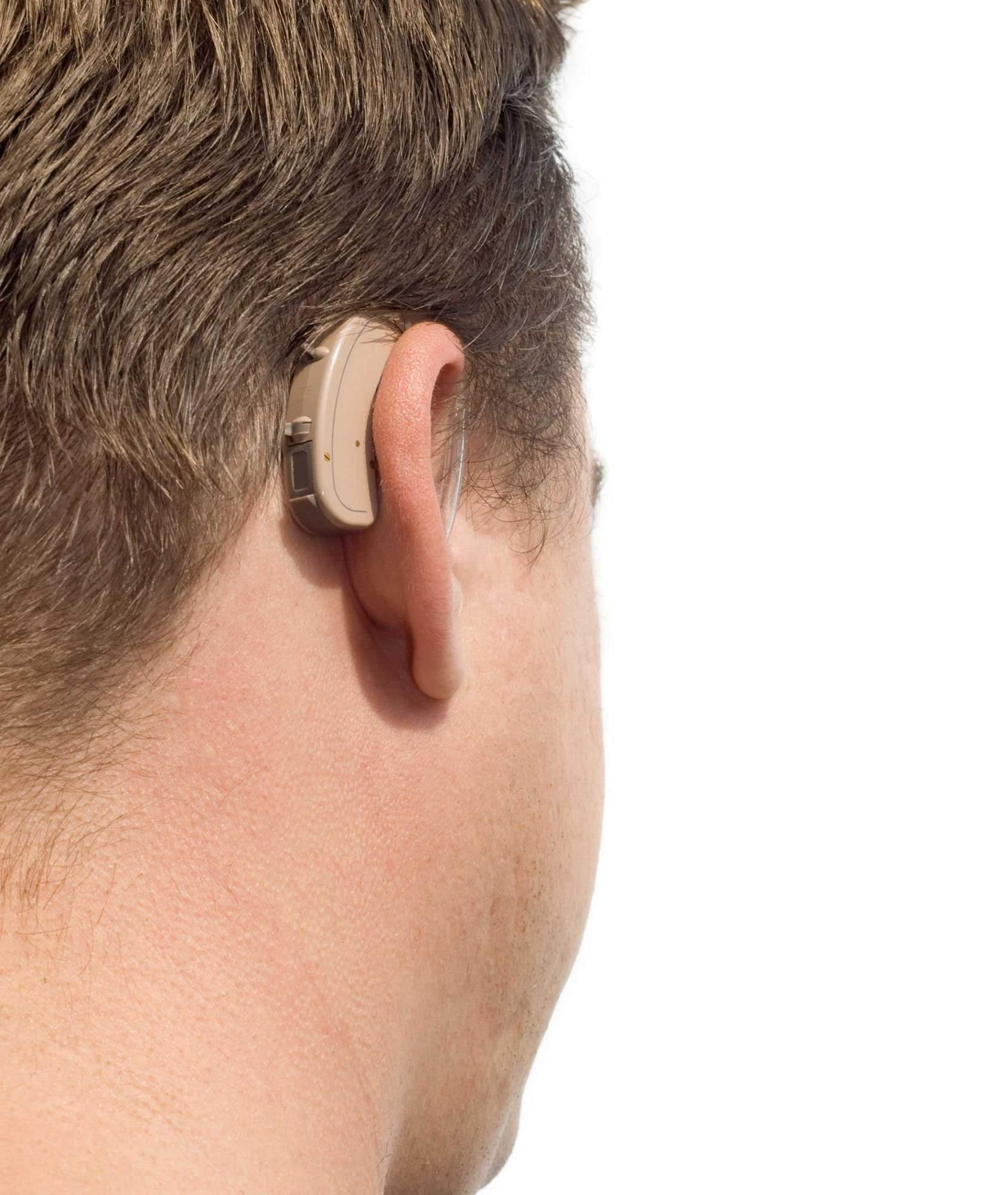 um-aparelho-auditivo-e-suficiente