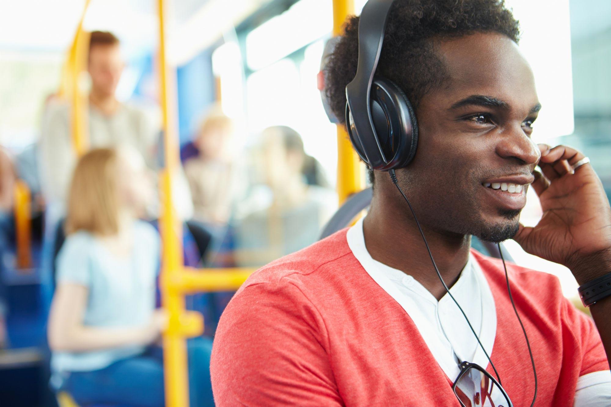 uso-fones-perda-auditiva