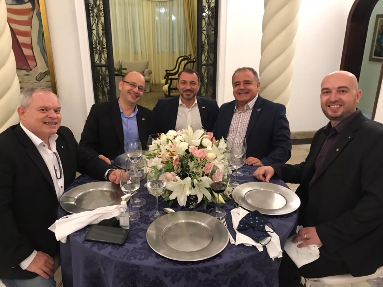 Reitor da Unidavi participa de reunião com Governador do Estado