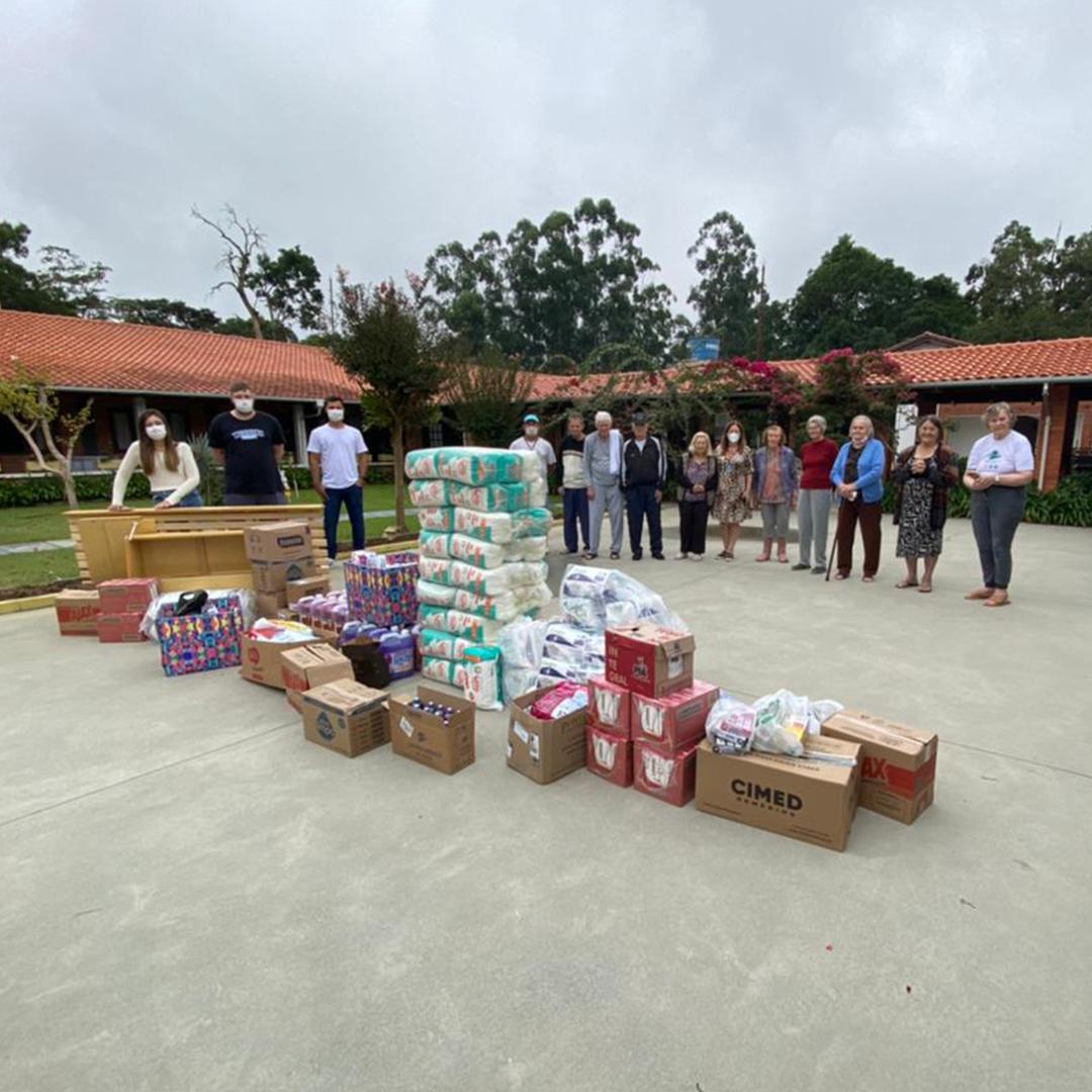 Projeto Páscoa Solidária dos estudantes de Medicina em prol do Lar de Idosos da Conferência de São Vicente de Paulo - Rio do Sul!