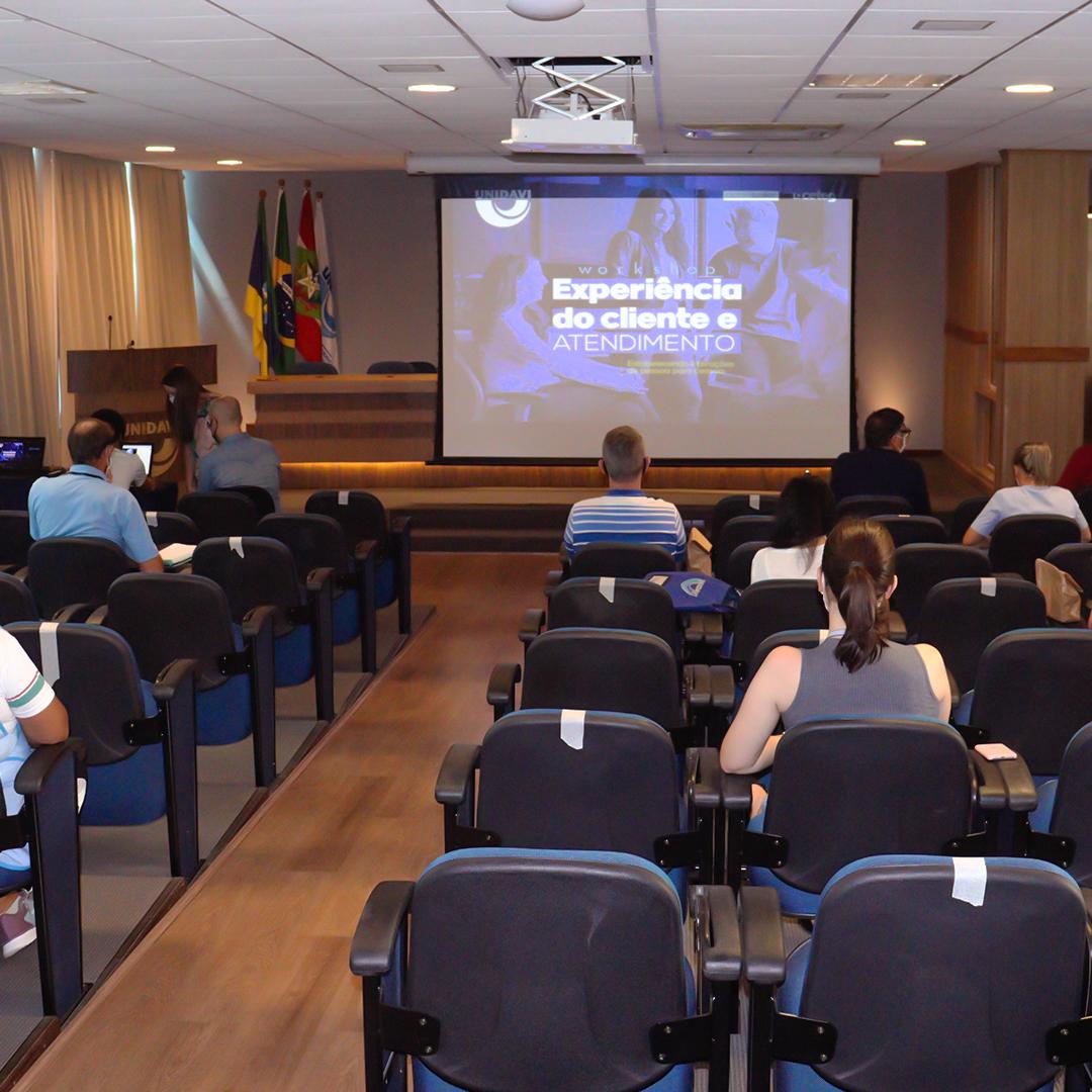Unidavi realiza workshop sobre Experiência do Cliente