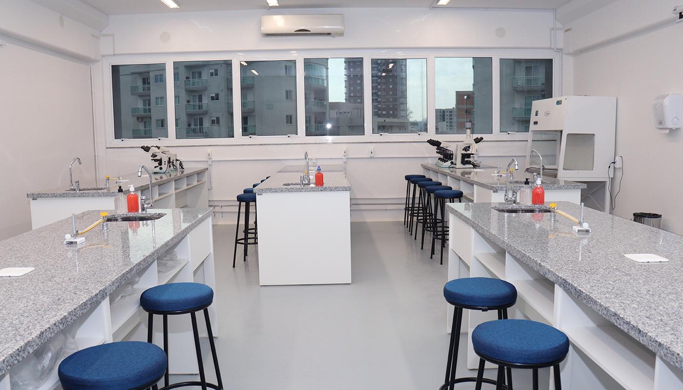 Foto1 da Estrutura - Laboratório de Farmacologia e Bioquímica