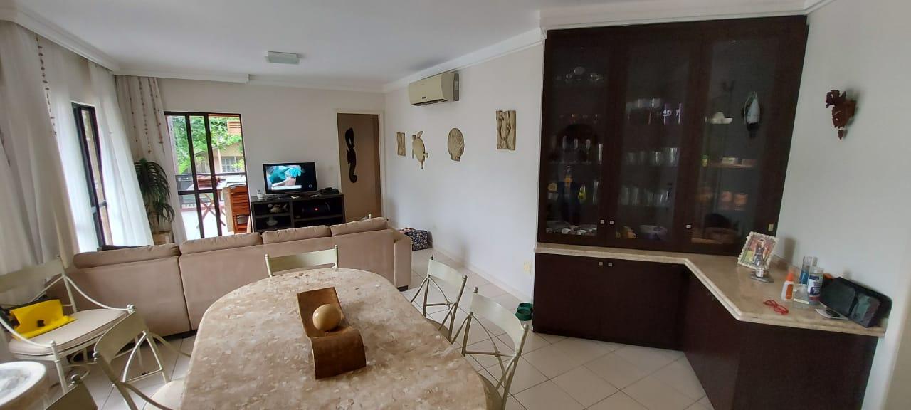 https://s3-sa-east-1.amazonaws.com/static-arbo/AP0509_BROK/apartamentoavendacentroguaratubapr_1620250800522.jpeg