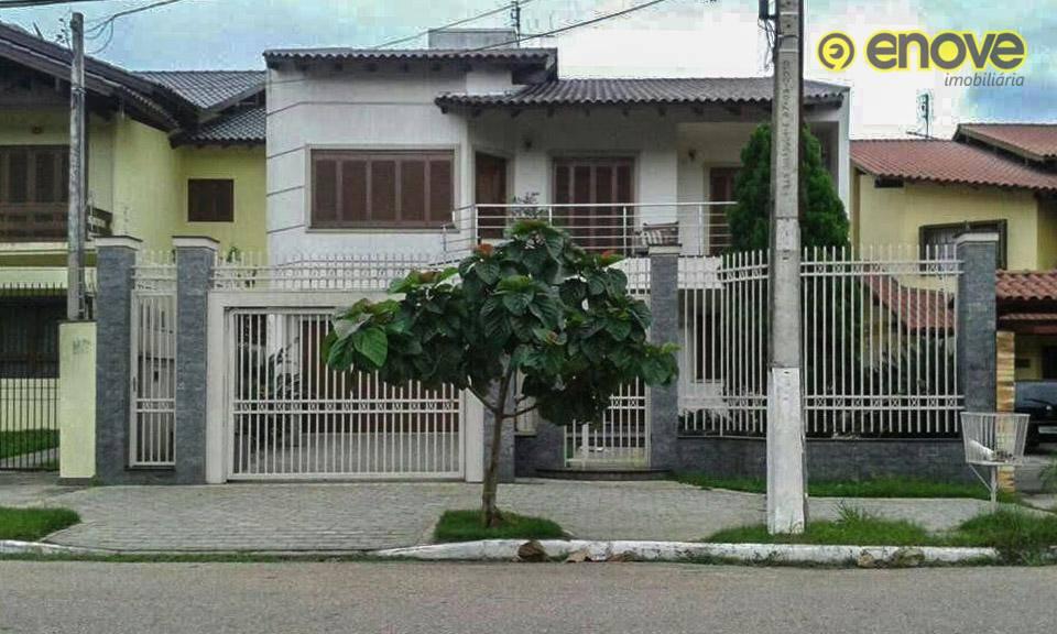 https://s3-sa-east-1.amazonaws.com/static-arbo/CA0522_ENOVE/casa-com-dormitorios-centro-esteiors1623996075571hfjij.jpg