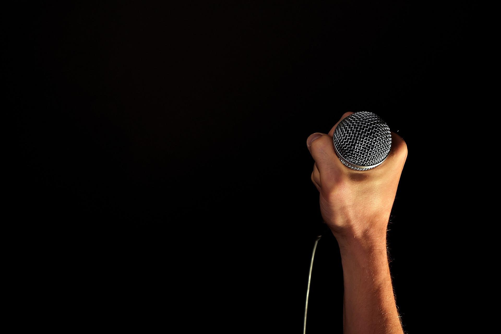Como aumentar a interação entre sua rádio e os ouvintes