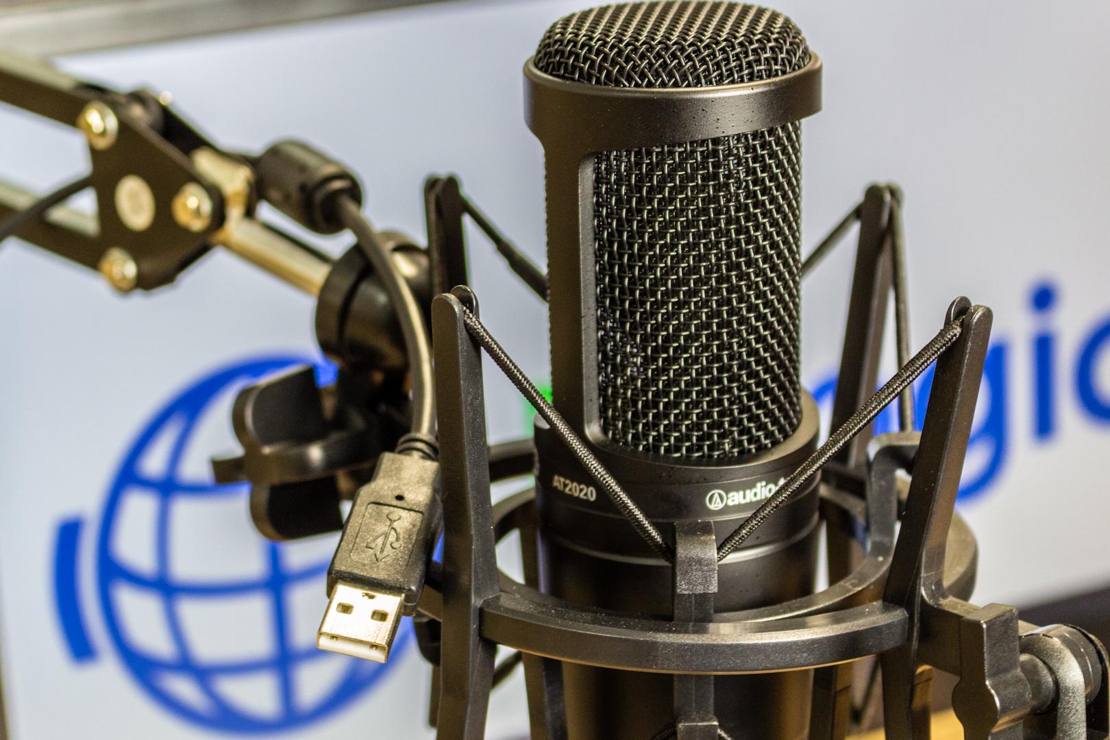 Os melhores microfones para estúdios de rádios